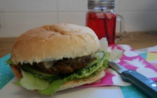 QUICK AND TASTY BURGERS.