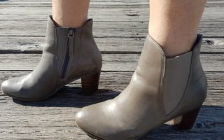 ALL ABOUT ANKLE BOOTS plus a frankie4 giveaway