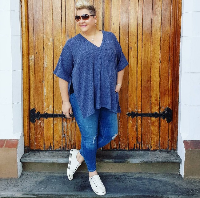 casual plu size weekend wear - styling curvy