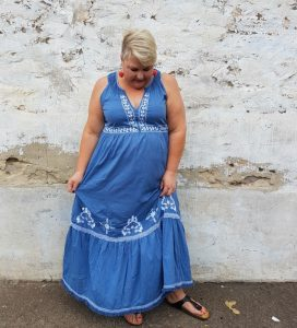 TIPS FOR WEARING MAXI DRESS