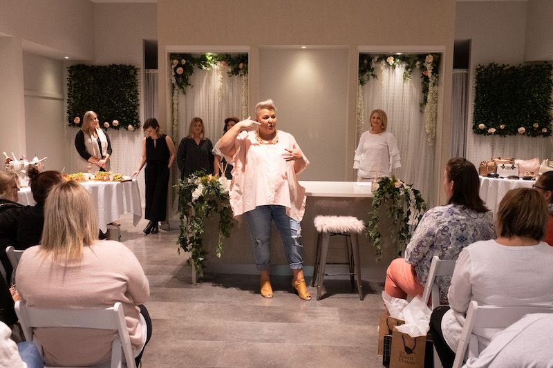 Jenni Eyles from Styling Curvy hosting a style session in collaboration with a brand.